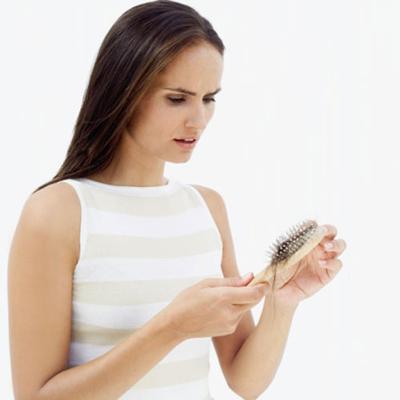 5 Masalah Penyebab Rambut Rontok