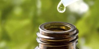 Jerawat Teratasi Dengan Tea Tree Oil