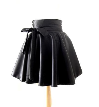 Tips Fashion: Memilih Rok Sesuai Bentuk Tubuh