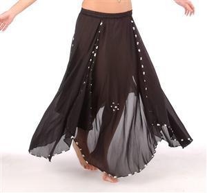 Bergaya Dengan Maxi Skirt