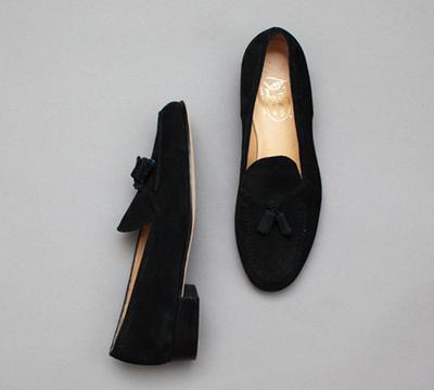 Tips Sederhana Merawat Sepatu Berbahan Suede