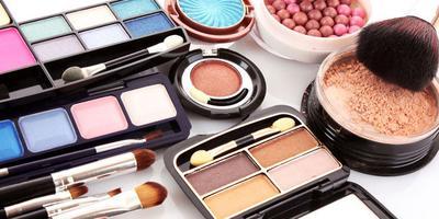 Ini Dia 5 Cara Untuk Mengetahui Waktu Kadaluarsa Makeup yang Kita Pakai