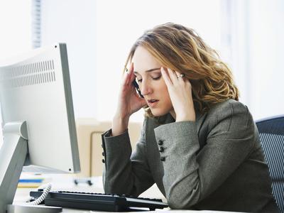 8 Dampak Buruk Stres Terhadap Kulit