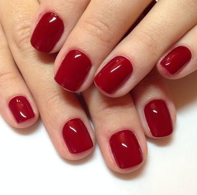 Kreasi Nail Art Nuansa Merah
