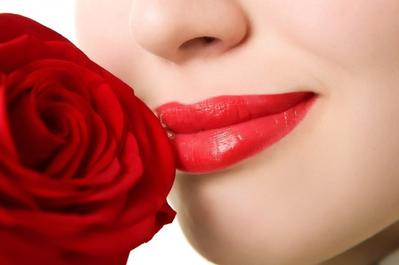 Kerutan di Bibir : Cegah dengan Mengubah Kebiasaan