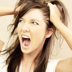 7 Penyakit Penyebab Rambut Rontok