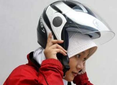 Tips Nyaman Mengenakan Hijab Untuk Ladies Bikers