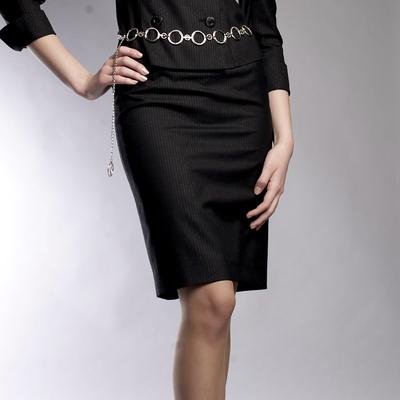 Inspirasi Mix & Match Tight Skirt ala Fashion Style Jepang