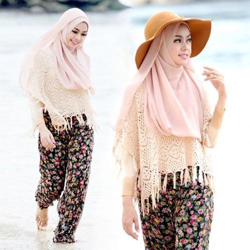 Tips Menggunakan Busana Hijab Untuk Ke Pantai Fashion
