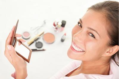 9 Produk Make Up yang Harus Dimiliki Pemula