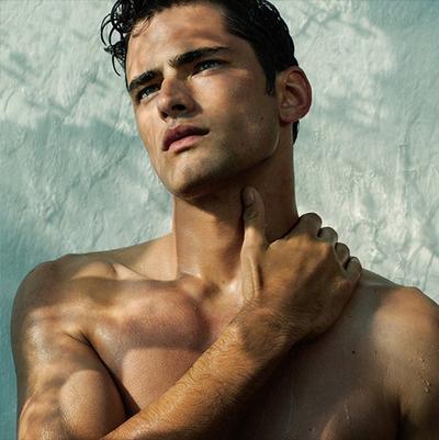 10 Model Pria dengan Bayaran Tertinggi di Dunia