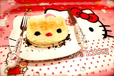 Uniknya Cafe Dengan Tema Hello Kitty