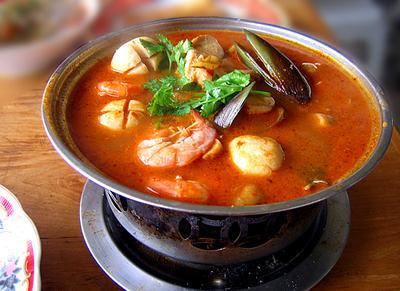 Cicipi Lezatnya Menu Masakan Thailand