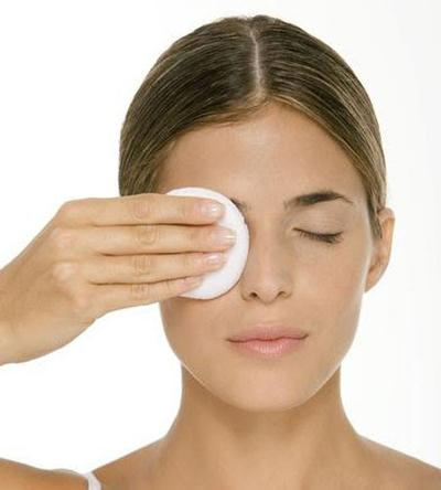 Make Up Remover Untuk Kulit Sensitif