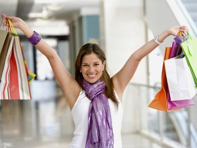 Tips Hemat Shopping Saat Traveling