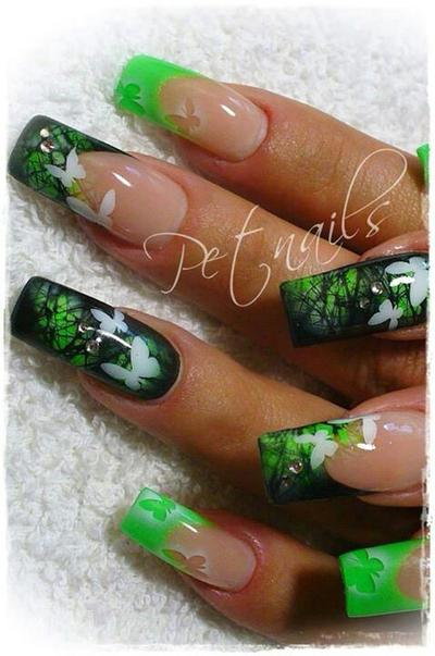 24 Kreasi Nail Art Kupu-Kupu (Part 2)