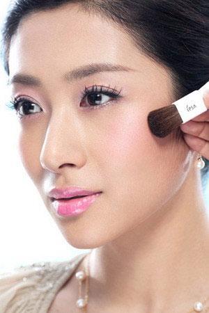 Rekomendasi Cream Blush yang Tahan Lama