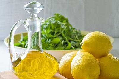 Jus Lemon dan Minyak Zaitun