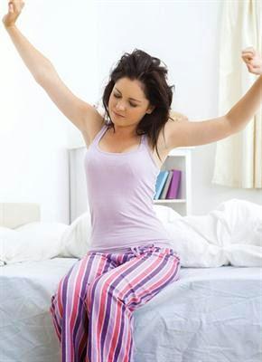 Tips Menjaga Rambut Tetap Rapi Saat Bangun Tidur