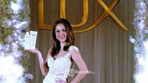 Sasaran Lux White Impress Collection