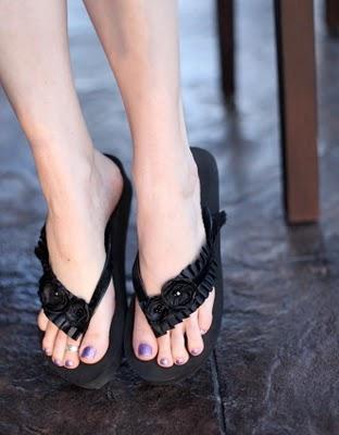 8. Extraordinary Flip Flops