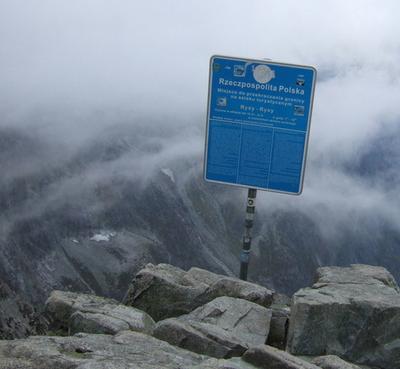 1. Gunung