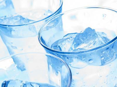 3. Lebih baik minum air biasa