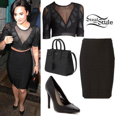 Tampil Stylish Serba Hitam Ala Demi Lovato Fashion Beautynesia - Gaya rambut pendek demi lovato