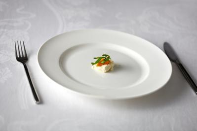5. Makan sedikit agar cepat kurus