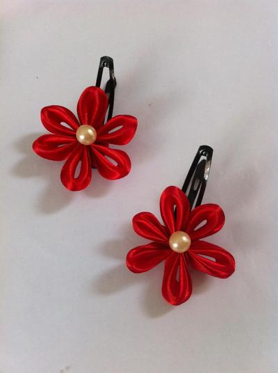 9. DIY Ribbon Flower Hair Clips