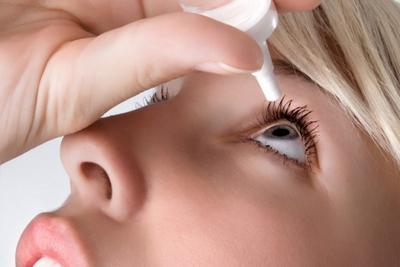 7. Gunakan obat tetes mata