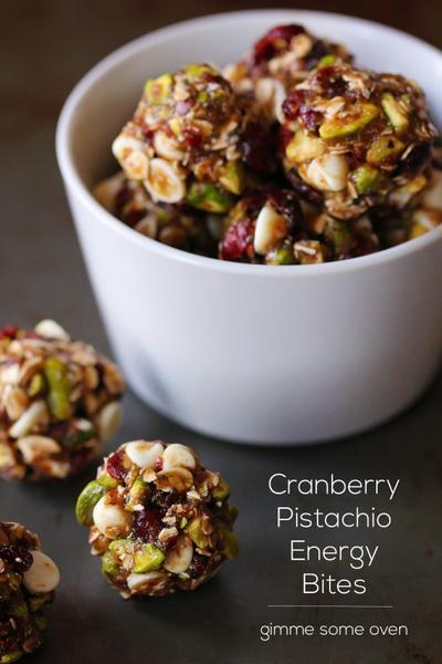 Cranberry Kering dan Kacang Pistachio