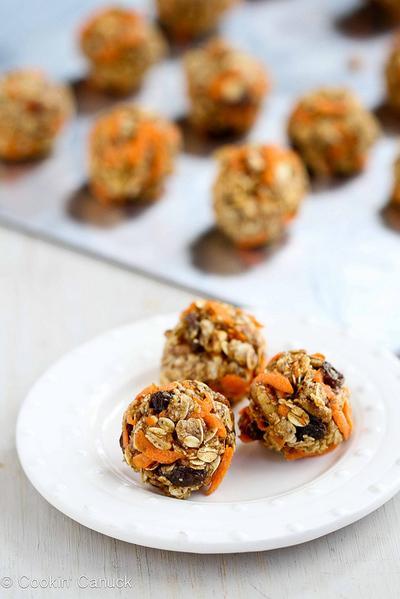 Carrot Cake Granola Bites