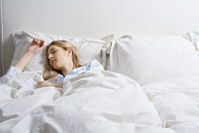 7. Tidur telentang