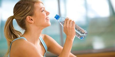 6. Banyak minum air putih baik bagi kesehatan?