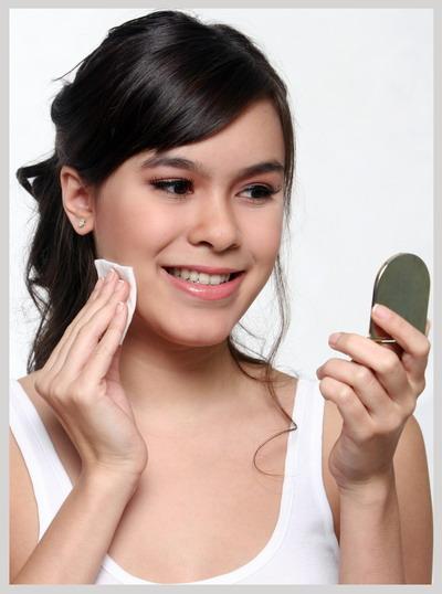 Pembersih Kosmetik