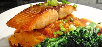 3. Ikan Salmon