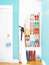Dinding Sepatu