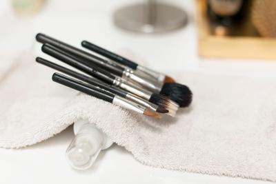 3. Eye Brush yang Kotor