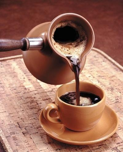 Hindari Minuman yang Mengandung Kafein