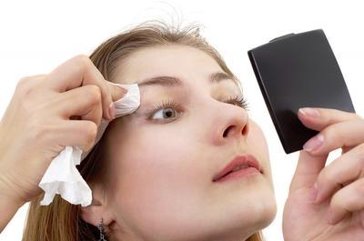 Langkah Tepat untuk Membersihkan Makeup