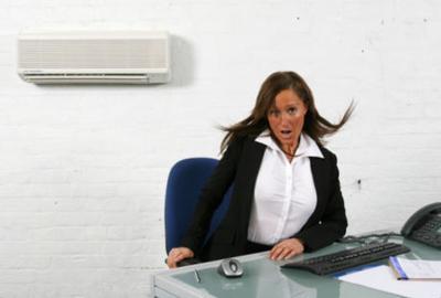 Hindari Terlalu Lama di Ruangan Ber-AC