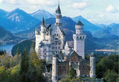 5 Istana Terbaik di Dunia yang Bisa Dikunjungi