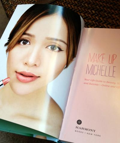 Makeup dan Fashion Merupakan Salah Satu Inti Dari Buku Ini
