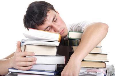 2. Pria Menginginkan Untuk Bisa Istirahat Begitu Ada Kesempatan Beristirahat