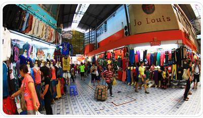 4. Pratunam Market