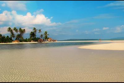 Pantai Pulau Ndaa