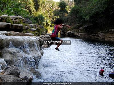 Hal-Hal yang Bisa Dilakukan di Air Terjun Sri Gethuk