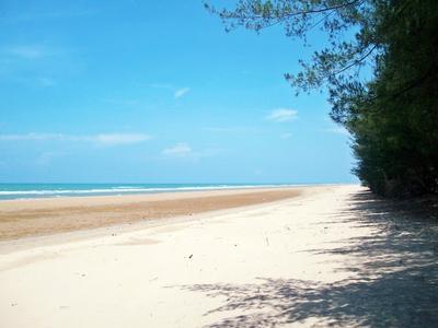 Pesona Wisata Pantai Cantik di Pulau Madura (Bagian 1)