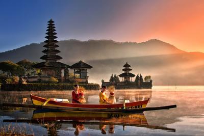 7 Tempat Wisata Paling Populer di Indonesia